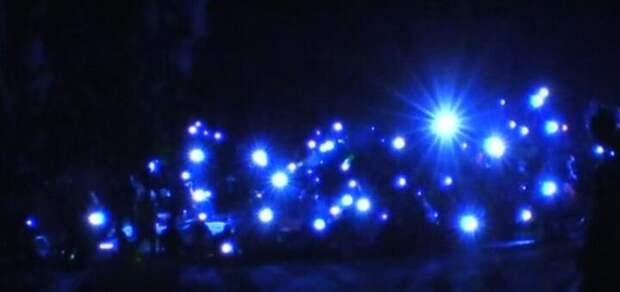 Новый флешмоб с фонариками
