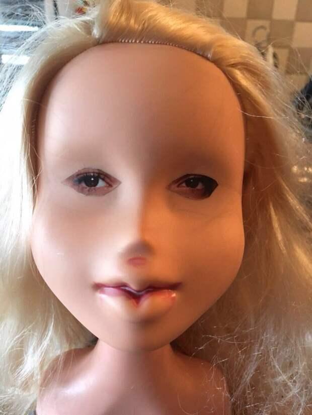 Мой муж хотел почистить куклу нашей дочери Кукла, Папа, Юмор, Фотография, Чистка, Лицо, Длиннопост