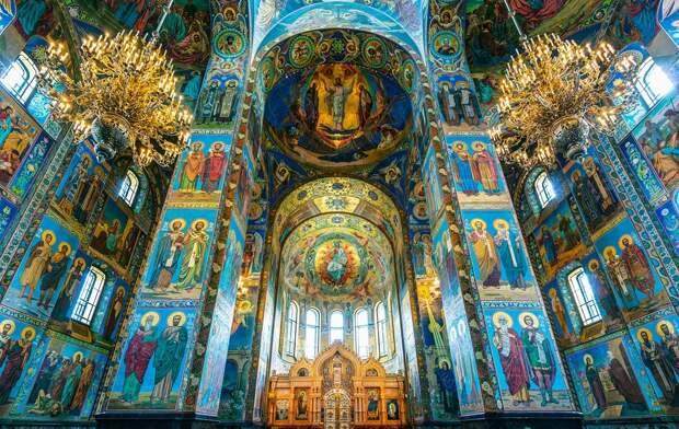 10 зданий Санкт-Петербурга, сногсшибательных ИЗНУТРИ (ФОТО)