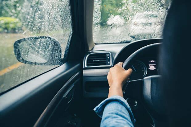 В Марфине поймали водителя с фальшивыми документами