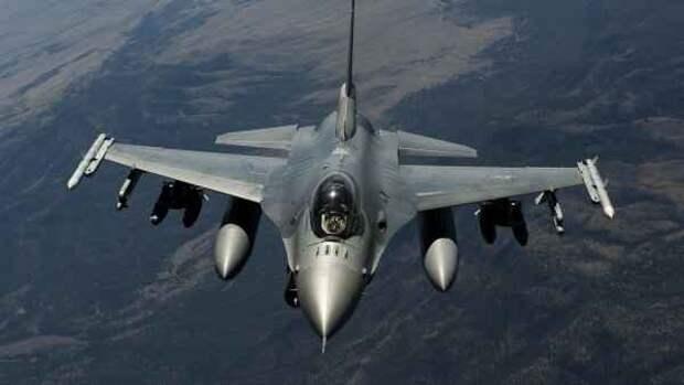 Японцы в бешенстве: американский истребитель «атаковал» префектуру Аомори