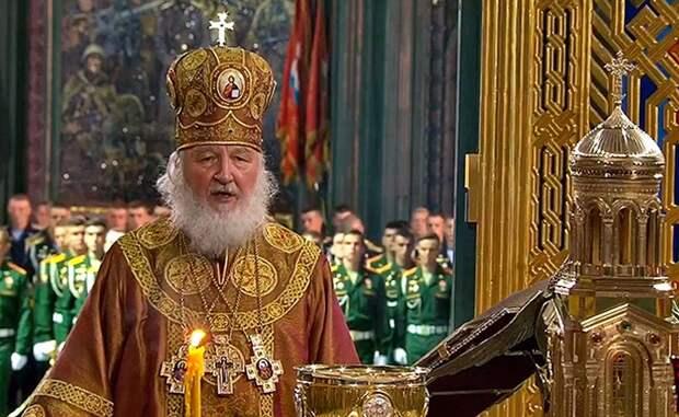 Патриарх взял на себя обязанность настоятеля храма Вооруженных сил