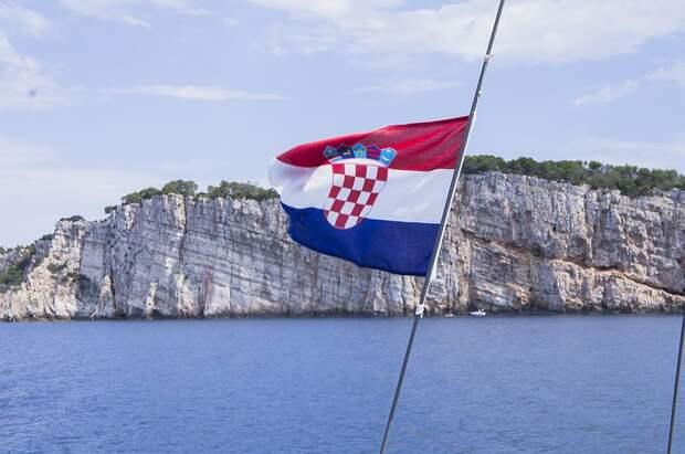 В Хорватии из-за тропической жары объявили предпоследний уровень погодной опасности