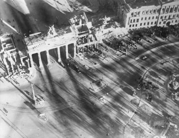 1177 Послевоенный Берлин с высоты птичьего полета