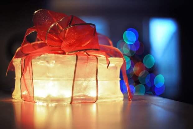 Идеи дорогих новогодних подарков для семьи иблизких
