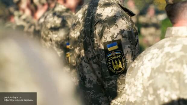 Бойцы ВСУ устроили пожар во время празднования Дня войск связи