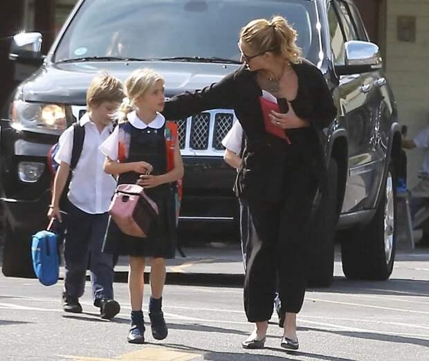 10 звездных родителей, которые воспитывают своих детей в строгости