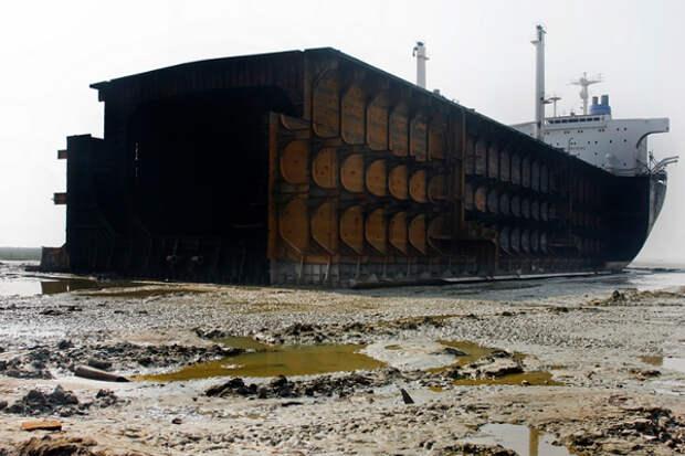 В мировом флоте началось массовое списание танкеров