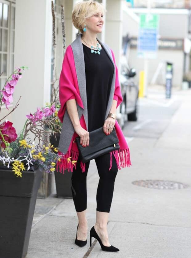 Как носить легинсы, чтобы выглядеть стройнее: возрастной стиль