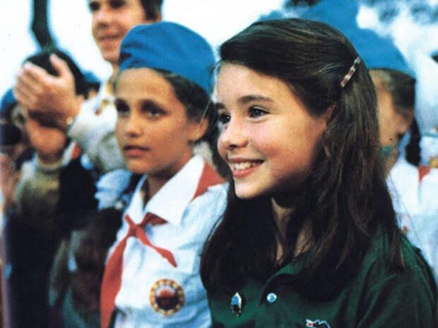"""Американская школьница Саманта Смит в пионерском лагере """"Артек""""."""