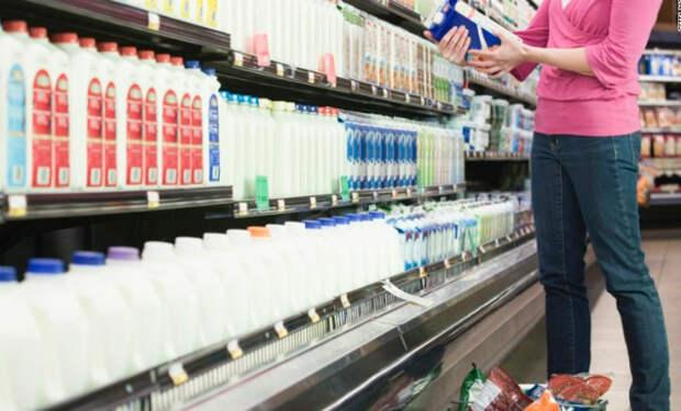 Почему опасно обезжиренное молоко