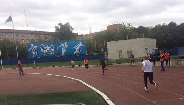 В микрорайоне Кузнечики ограничат доступ к стадиону возле гимназии №7