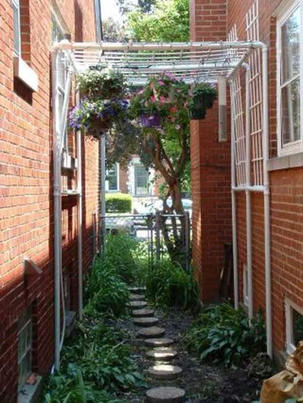 Топ-18 недорогих садовых проектов из ПВХ-труб