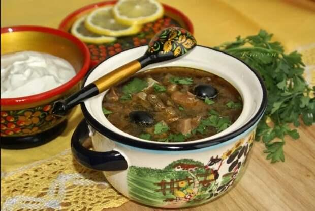 7 ″правильных″ рецептов солянки от бабушек по всему бывшему Союзу