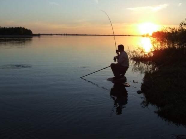 В России начнут штрафовать рыбаков