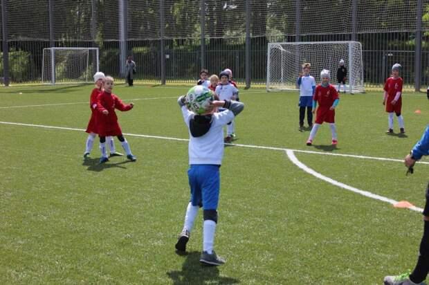Спорт. Фото из архива ЦФКиС САО