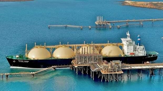 Вполтора раза увеличивает Qatar Petroleum флот СПГ-танкеров