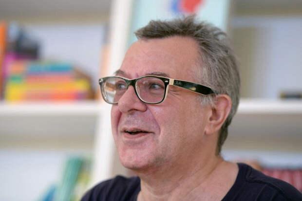 Награни бедности: Андрей Ургант пожаловался нанехватку денег