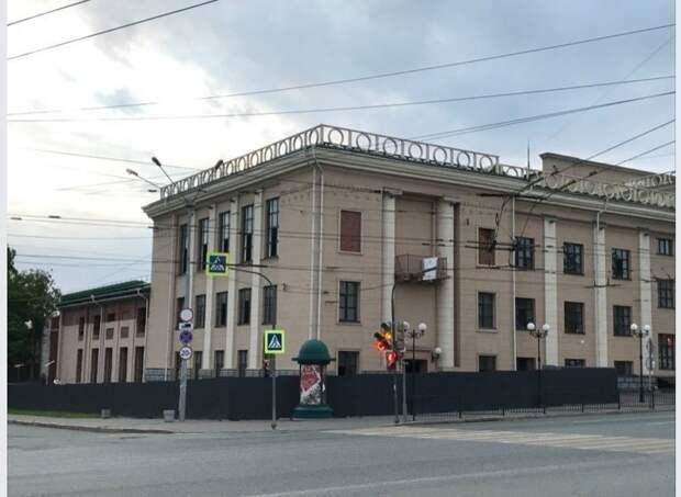 Двери театра юного зрителя в Ижевске могут открыться раньше срока