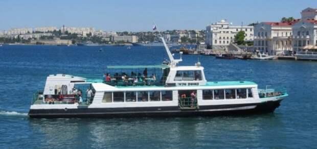 Дети Севастополя смогут кататься на катерах по проездному