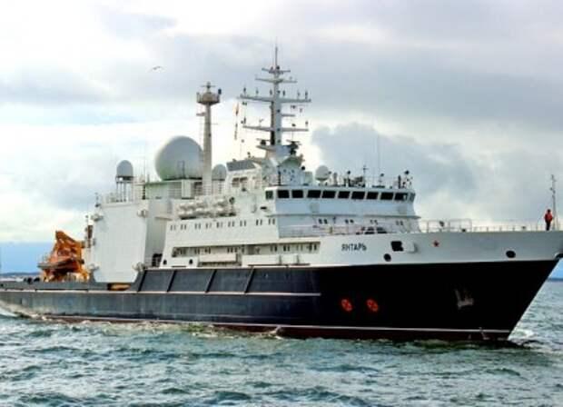 Британцев напугал российский «корабль-шпион»: режет подводные интернет-кабели