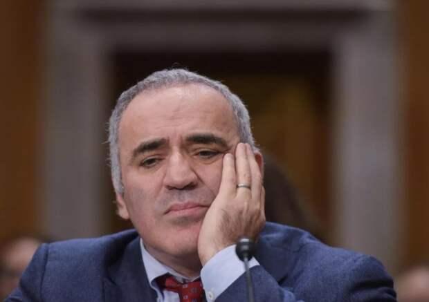 Гарри Каспаров переел пешек — ещё не король, но Крым жертвует даром