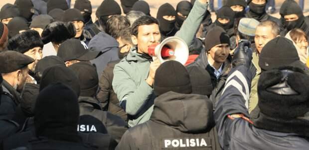 «Вот что будет, если выходить на митинги» – заявивший о пытках Достияров передал письмо