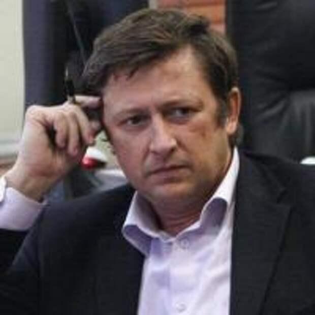 Вячеслав Рудников. Отвечает ли Путин за Россию перед ее народом? Если да, у меня к нему вопрос