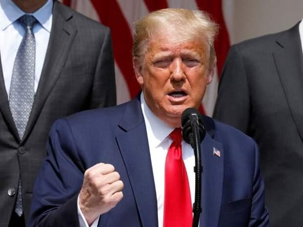 Из-за мер по сдерживанию коронавируса Трамп стал менее популярен, чем Путин