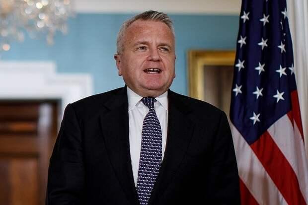 Посол США Джон Салливан покинет Россию на несколько недель