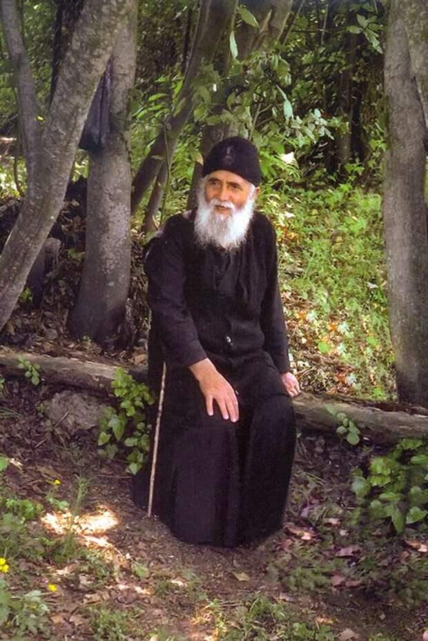 Кто такой Ангел-хранитель и как с ним общаться? Что об этом говорил афонский старец Паисий Святогорец