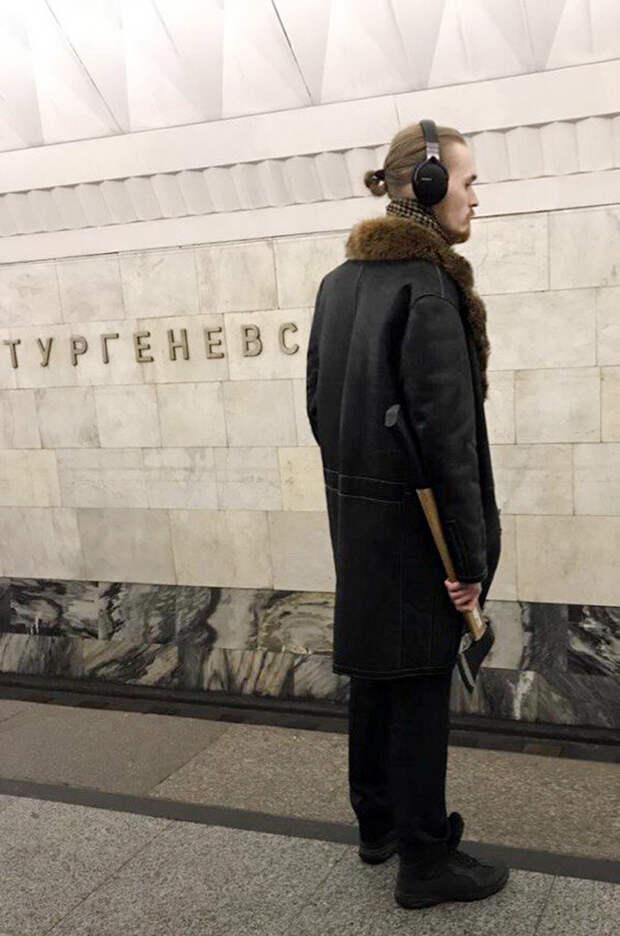 20 отчаянных «модников» московского метро (ФОТО)