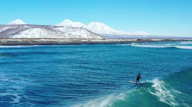 ♀️ 9 крутых фото первой школы серфинга на Камчатке