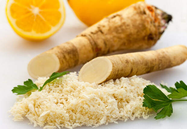 При простуде помогает хрен с лимоном