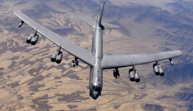 Бомбардировщик B-52 Stratofortress