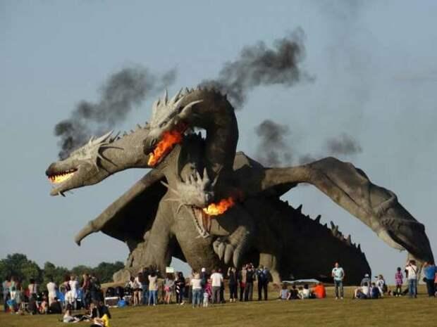 Реальный Змей Горыныч появился на Кудыкиной горе и он очень зол