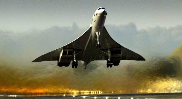 """Сверхзвуковой пассажирский самолет """"Конкорд""""  Ian Waldie/Getty Images"""