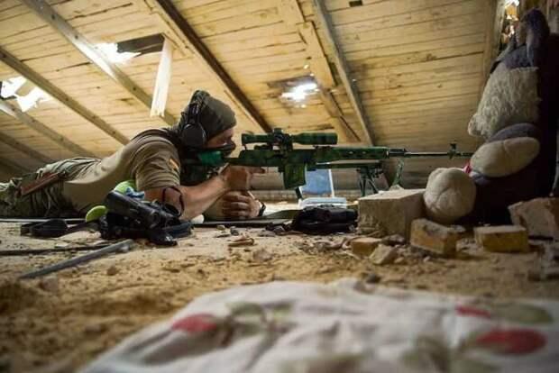 Украинские военные опубликовали фото «антиснайперской операции»