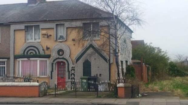 Декорирование дома пивными банками (4 фото)