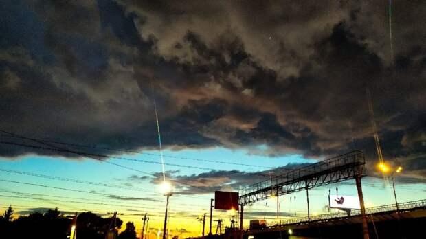 Фото дня: платформу «Марк» окутала тьма
