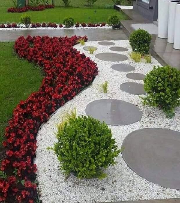 дизайн из камней во дворе