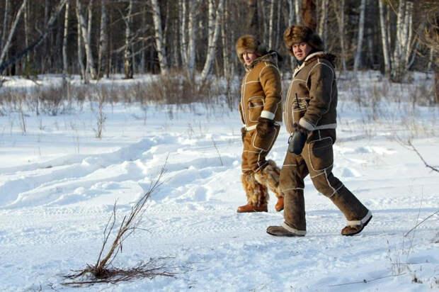 Ранее не публиковавшиеся фотографии с отдыха Путина и Шойгу в 2010 г.