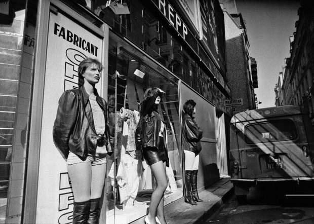 Труженицы секс-индустрии с улицы Сен-Дени. Фотограф Массимо Сормонта 7