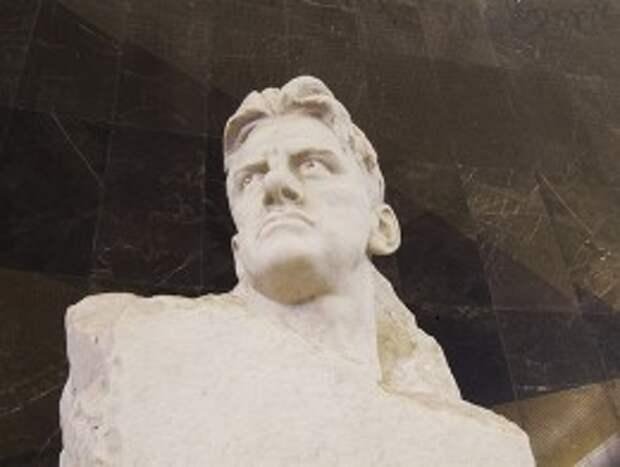 Владимир Маяковский: 5 фактов из жизни поэта революции
