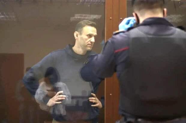 Полная деградация Навального и его окружения