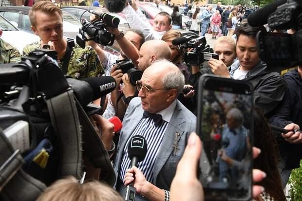 """""""Он хозяин своего слова"""": Добровинский прокомментировал лишение Пашаева статуса"""