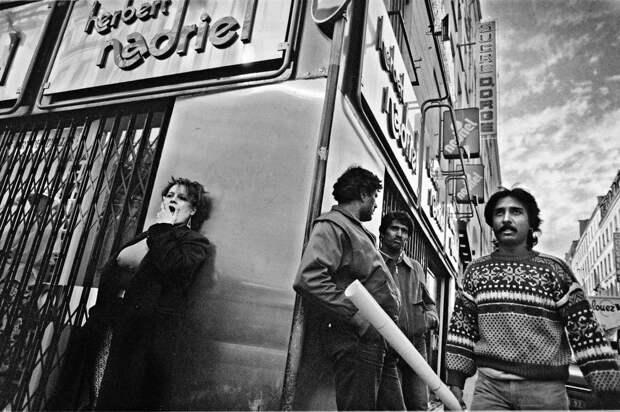 Труженицы секс-индустрии с улицы Сен-Дени. Фотограф Массимо Сормонта 30