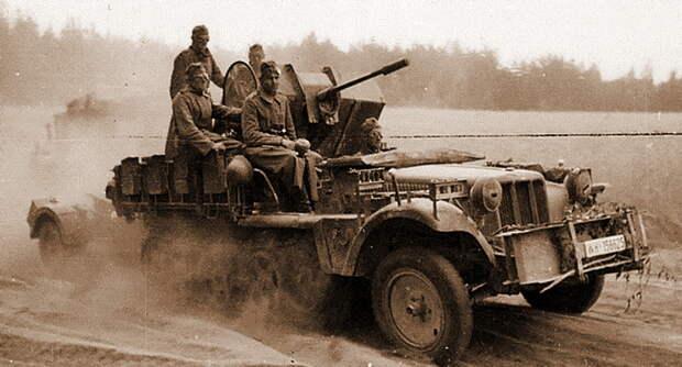Основную угрозу для советских штурмовиков в ходе действий против 7й танковой дивизии представляли расчеты зенитной артиллерии, вооруженные современными орудиями и укомплектованные прекрасно обученным личным составом. 20-мм и 37-мм пушки благодаря своим компактным лафетам легко помещались в кузова быстроходных полугусеничных тягачей и автомобилей повышенной проходимости, сопровождая танковые части как на марше, так и в боевых порядках. - «Чёрная смерть» против «Дивизии-призрака»   Военно-исторический портал Warspot.ru
