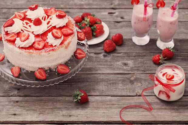 Торт-мороженое: 3 вкусных рецепта на скорую руку