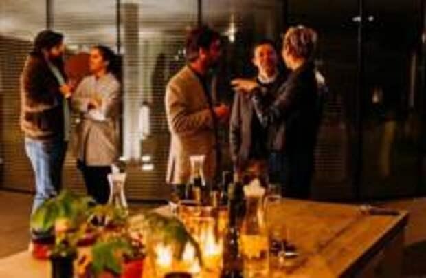 Французских министров поймали на тайной вечеринке во время карантина